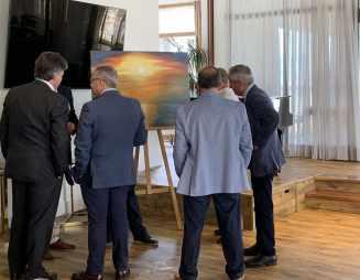 20 El pintor Antonio Aráez García muestra sus pinturas en AIF, Club Financiero Génova de Madrid